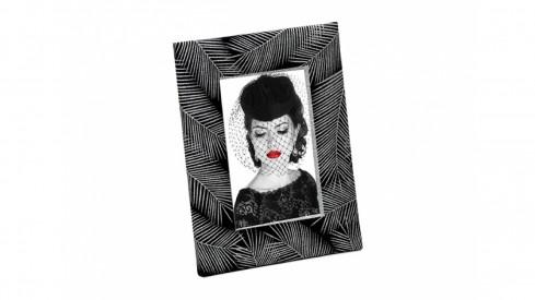 Fotorámeček 10x15 LOTUS černý